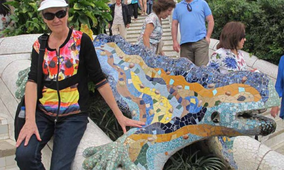 "Photograph of Lynda with the ""El drac"" mosaic fountain"