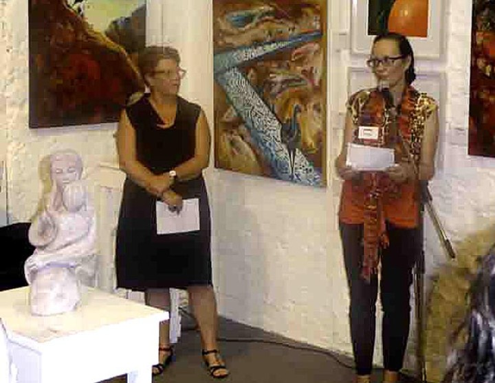 A picture of Lynda Fynn Dickinson and June Moorhouse opening wa RAW